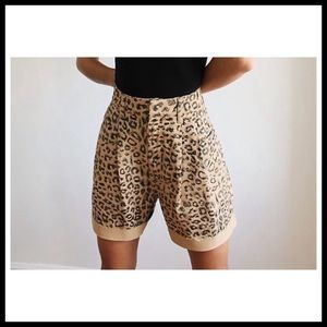 FP WE THE FREE Printed Dogtown Cut-Off Shorts
